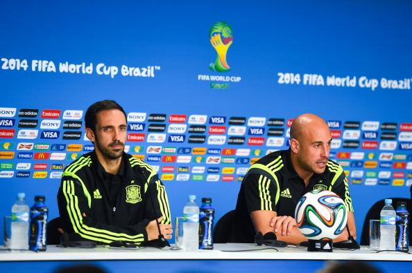 CURITIBA, BRAZIL - JUNE 22:  Juanfran (L) and Pepe Reina of Spain face the media during a Spain p...