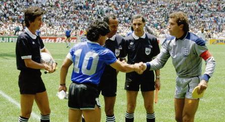 Diego Maradona of Argentina #10 shakes hands with Peter Shilton of England before the 1986 FIFA W...
