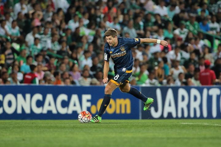 Steven Gerrard, Santos vs LA Galaxy
