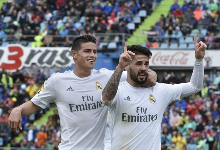Benzema bounces back from France snub in Madrid rout